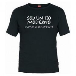 Soy un tio moderno, igual frio una camiseta que plancho un huevo